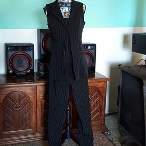 💥flash sale💥3 PC. Pinstripe suit